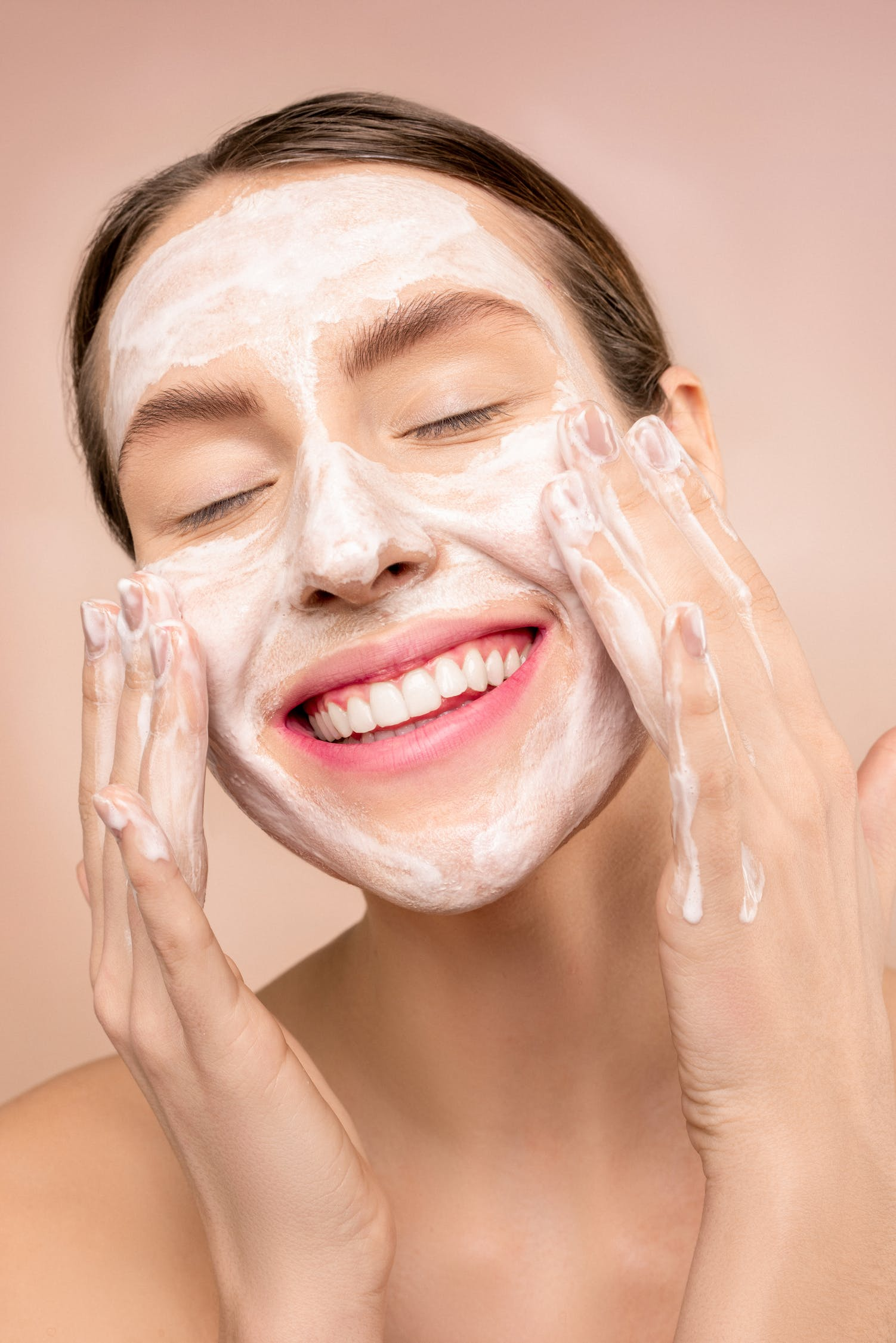 Steps in Using Glycolic Acid in Your Skin Care Regimen